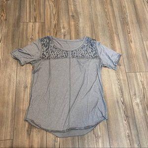 Lululemon Run Away Tee Leopard Print Gray Size 8